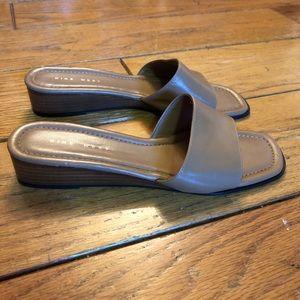 Nine West Leather Slides / Sandals Size 7.5